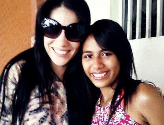 A internauta Joyce Magalhães enviou uma foto com a sister Anamara, do BBB10