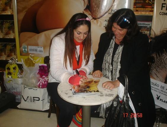 Francine Na Noite De Assinatura Da Playboy E Bbb Patricia Borba