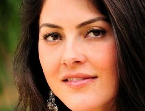 Carla Nascimento é a Miss Blogueira e representante de Minas Gerais no Miss Mundo Brasil 2010