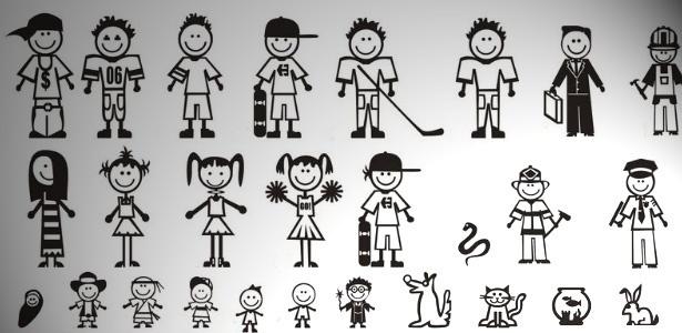"""Pai, mãe, filho, filha, cachorro, bombeiro, polícial e até cobra. Criatividade é algo que não falta na composição dos adesivos. Agora, o UOL quer saber como é a sua """"família feliz"""". Participe! - Reprodução/UOL"""