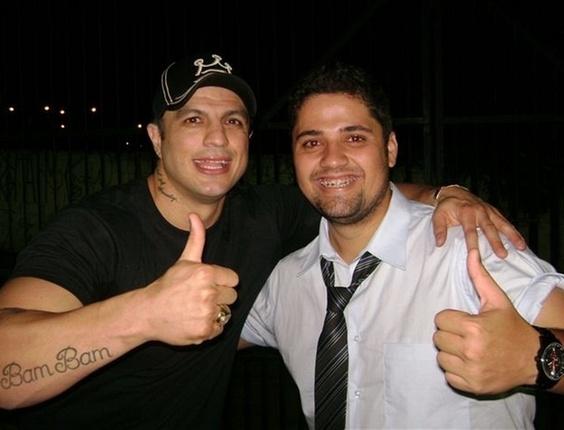 Danilo Lúcio, de Jundiaí, São Paulo, encontrou com Kléber Bambam, vencedor do BBB1, em uma festa na cidade de Vinhedo