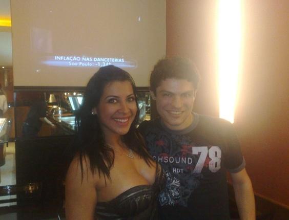 Thiago Menezes com a Priscila Pires do BBB9