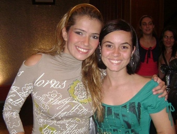 Manuela Gimenez com a sister Fani, participante do Big Brother Brasil7