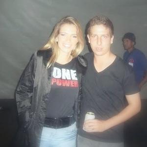 Renato Andrade com a sister Fani, do BBB7