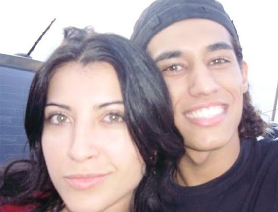Pedro Ivo enviou uma foto com a ex-BBB Priscila Pires, participante do Big Brother Brasil 9