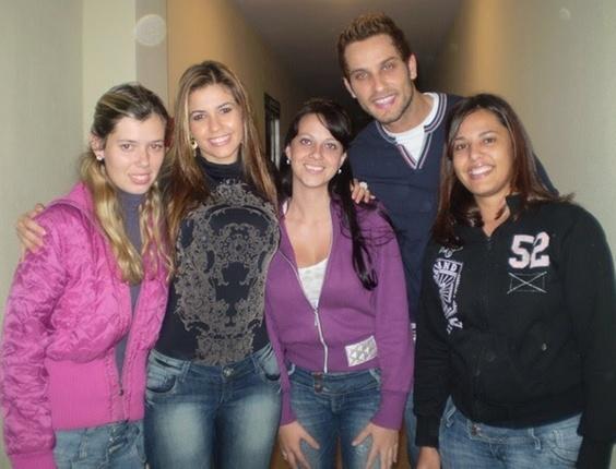 Letycia, Maira e Barbara com o casal Cacau e Eliéser, participantes do BBB10