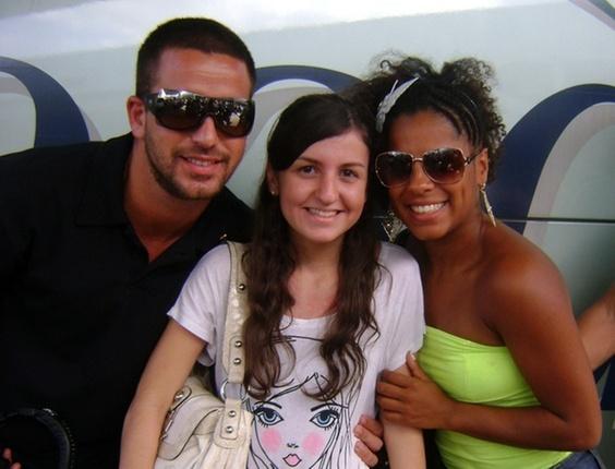 c1ec70628 A internauta Mariana Mentes tirou foto com os ex-bbbs Diogo e Janaína do  BBB11 Mariana Mentes Você Manda UOL Mais